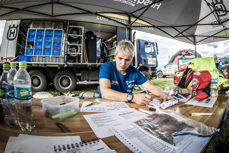 Dakar rally mirjam pol