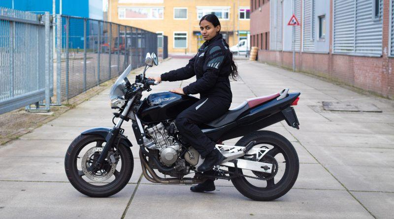 Review: Honda CB 600 F Hornet 'iedereen moet een keer op deze motor hebben gereden!'